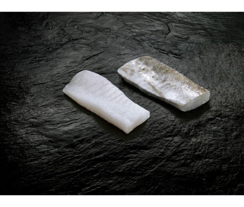 Ventresca de bacalao 100-200 g/pieza (1 estuche de 2 kg)