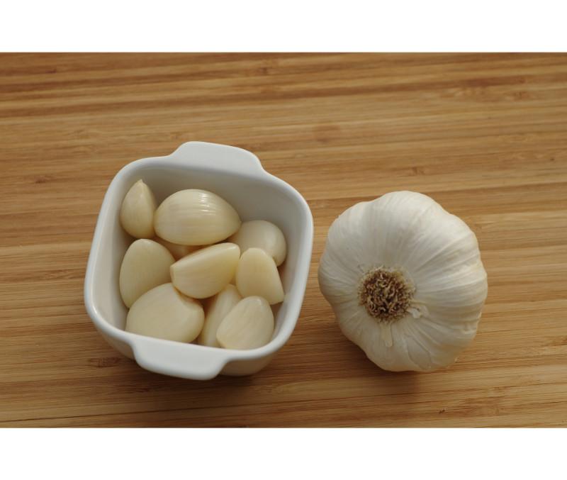 Dientes de ajo pelados (1 bote de 1,5 kg)