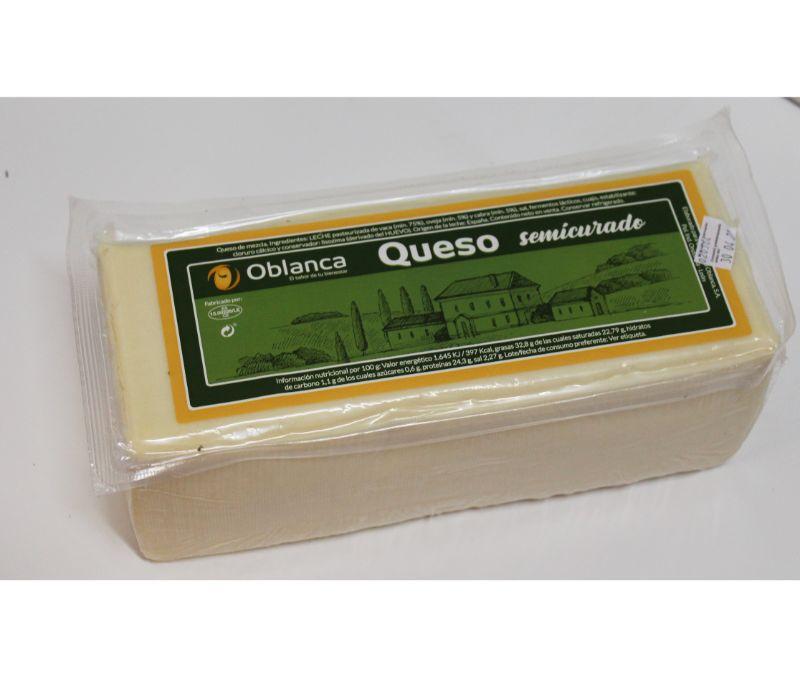 Queso mezcla semicurado barra (1 caja de 3 kg aprox.)